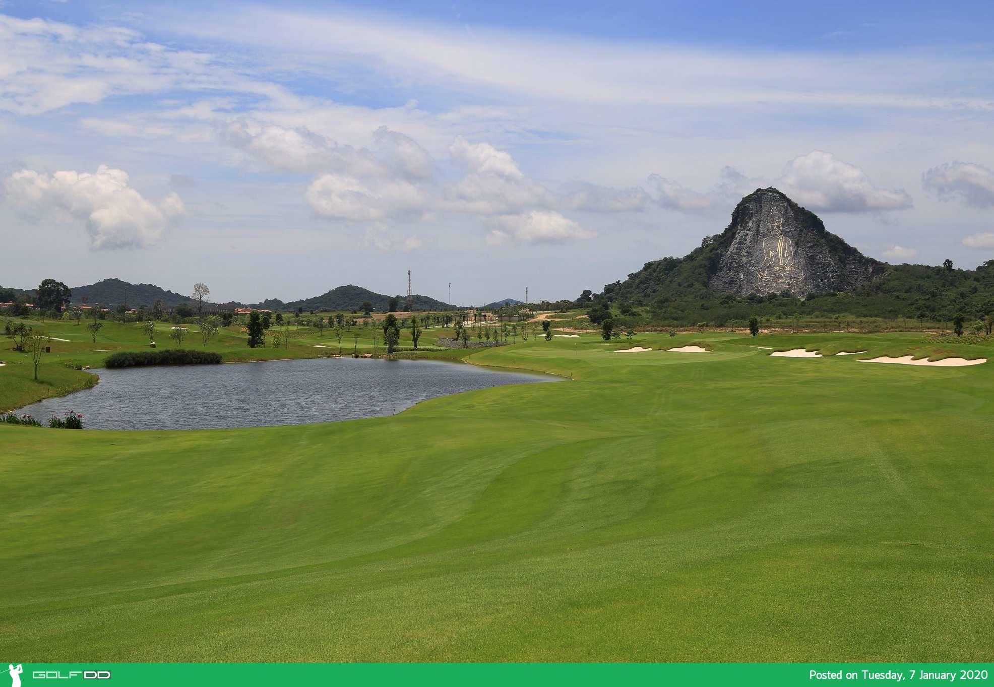 Chee Chan Golf Resort ตีกอล์ฟพร้อมชมทิวทัศน์อันกว้างไกลของเขาชีจรรย์