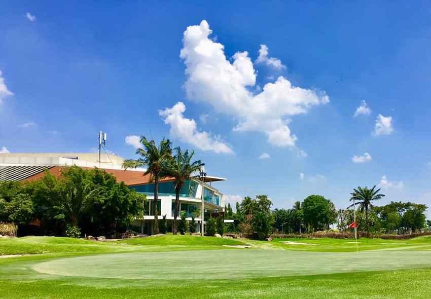 รื่นรมย์กับธรรมชาติ ในเขตกรุงเทพฯ ได้ที่ The Legacy Golf Club Booking Teetime กับ golfdd จ่ายเงินที่สนามได้เลย